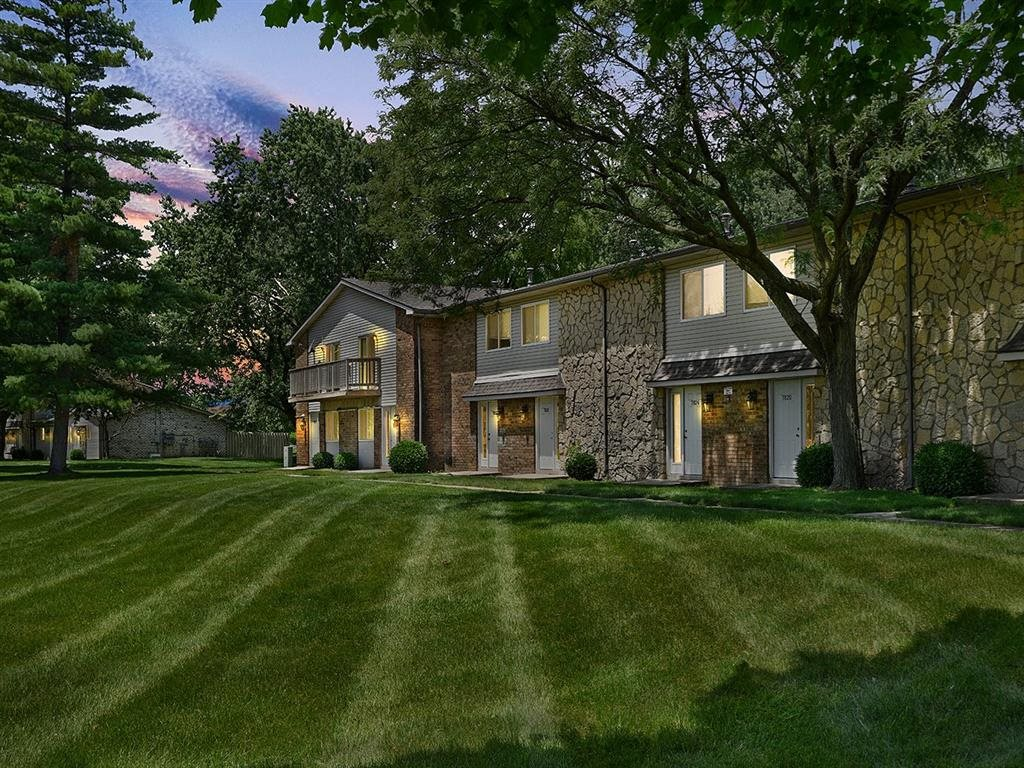 Short Term Lease Available at Westpark Townhomes, Indianapolis