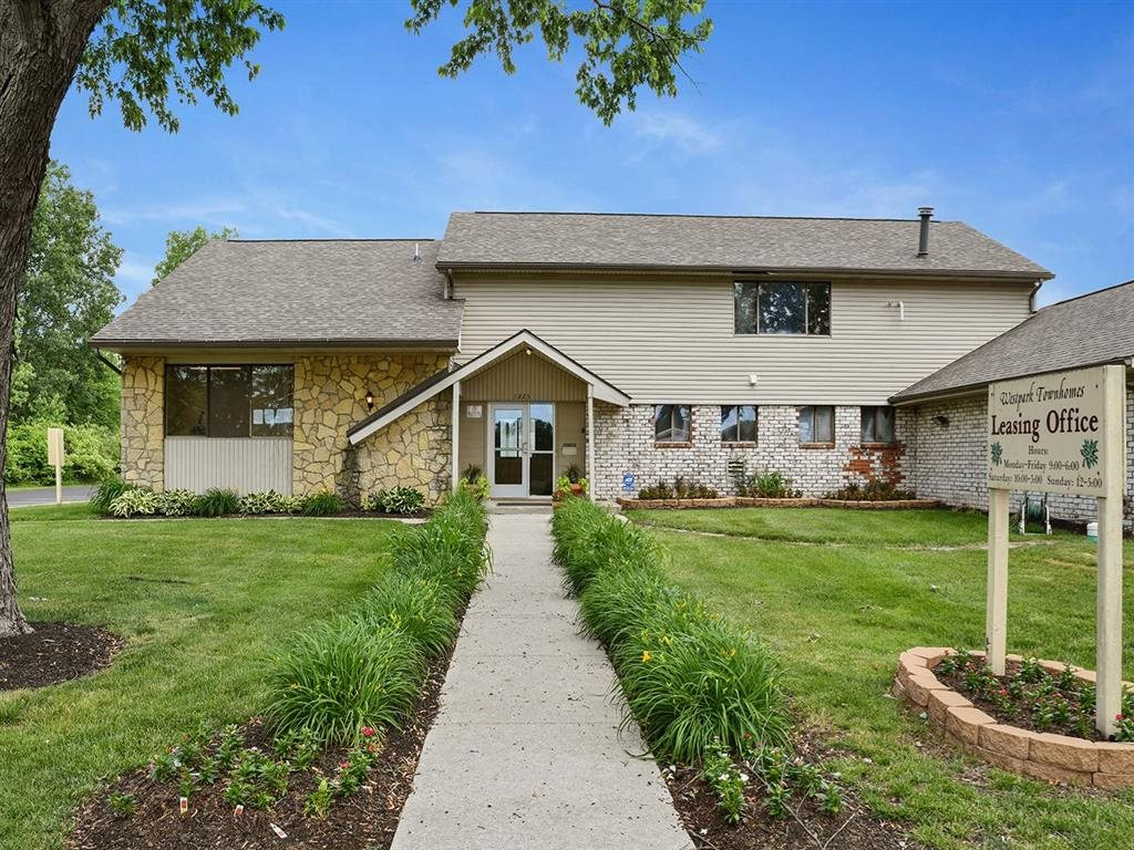 Ideal Property Location at Westpark Townhomes, Indianapolis, 46214