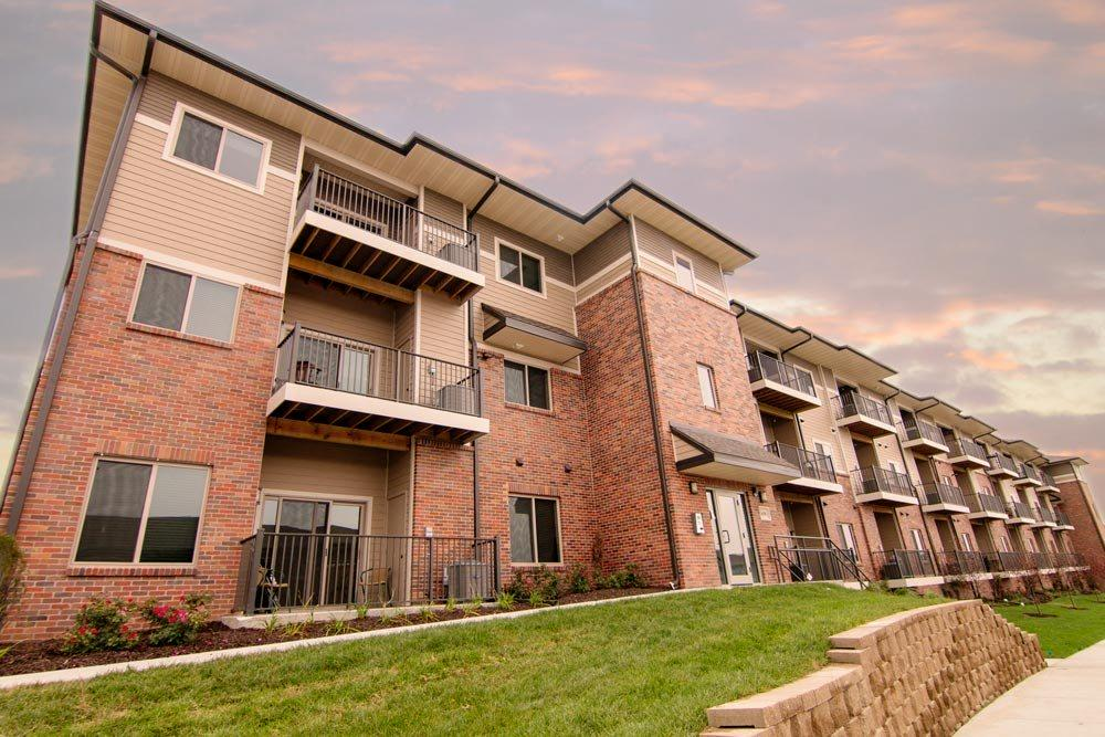 Flats-style apartment building at North Pointe Villas luxury apartments in north Lincoln 68521