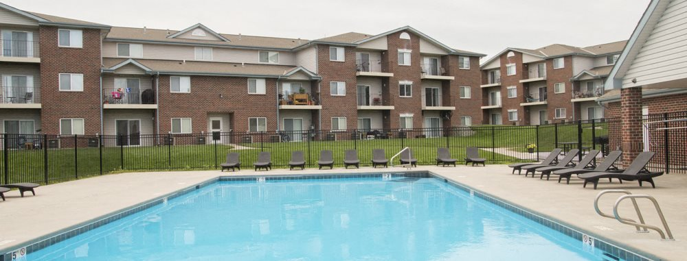 Northridge Heights apartments swimming pool in north Lincoln, NE