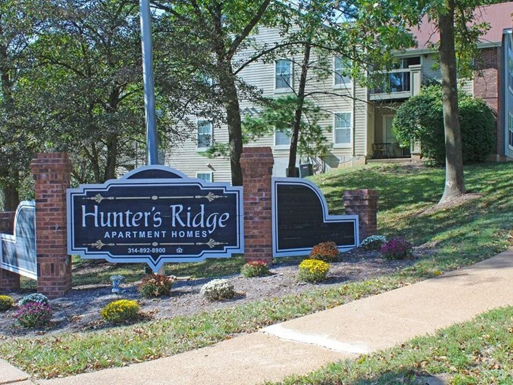 Apartments in Oakville, MO for Rent
