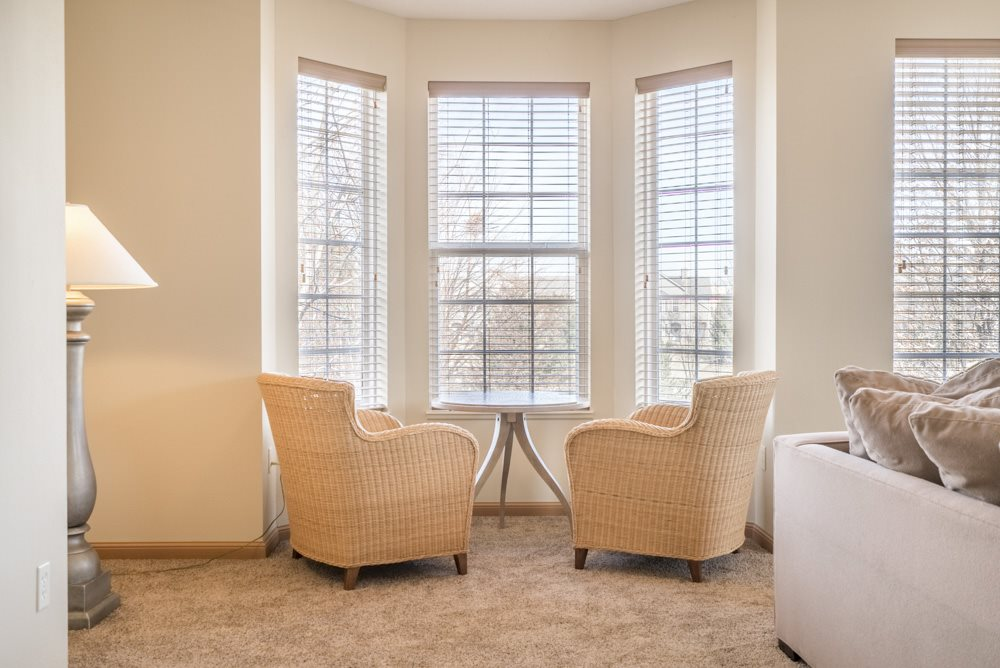 Interiors-Breakfast nook with large windows at Stone Ridge Estates townhomes in Lincoln NE