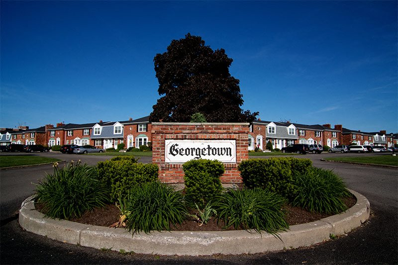 Georgetown Apartments Entrance