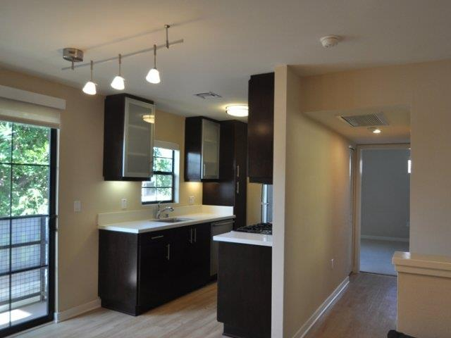 West-LA-Century-City-apartments-NMS-Overland-kitchen-upgraded-appliances