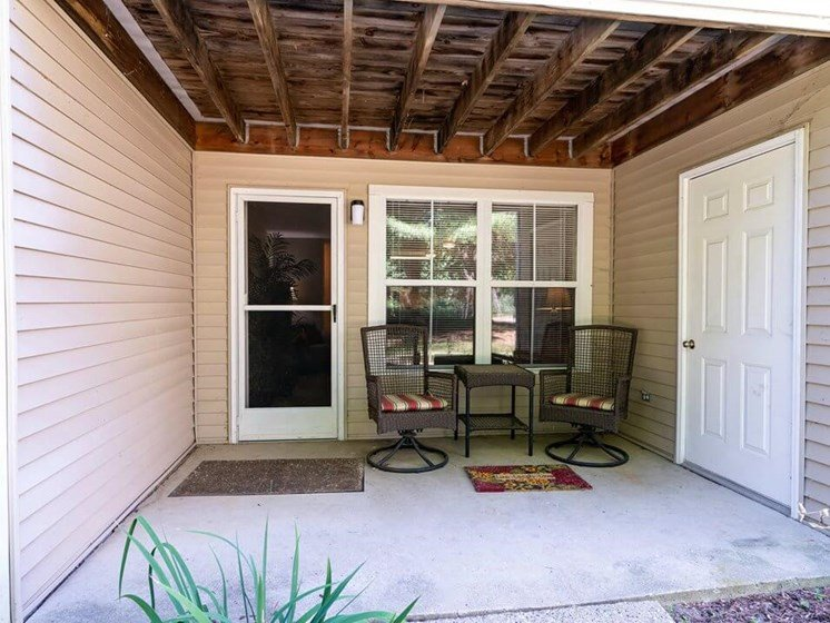 apartments with spacious patio for rent in Howell MI