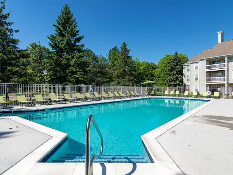 swimming pool at Burwick Farms apartment homes