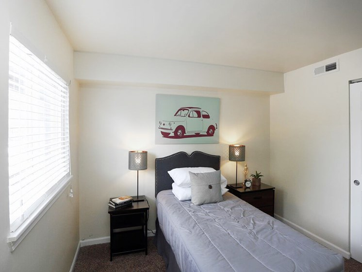 second bedroom in apartment