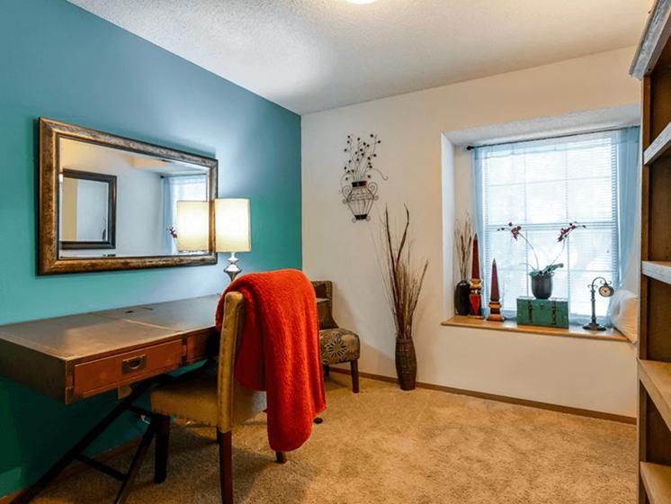 The Retreat at Woodridge Apartments office