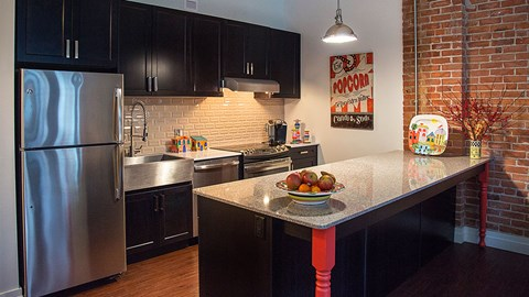 Kitchen with Appliances at The Malcomson, Michigan, 48226