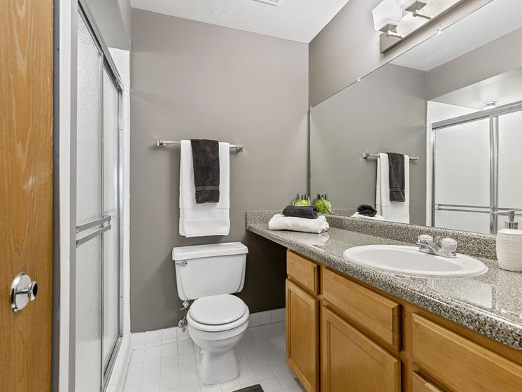 Two bedroom two bathroom at Franklin River Apartments, Southfield, MI 48034
