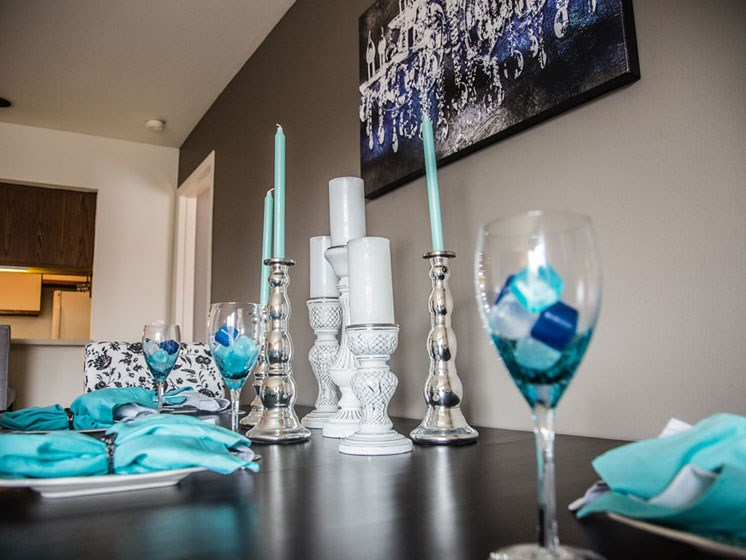 Modern Decorations at Franklin River Apartments, Southfield, 48034