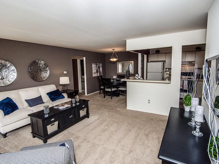Open Concept Living Areas at Park Lane Apartments, MI 48033