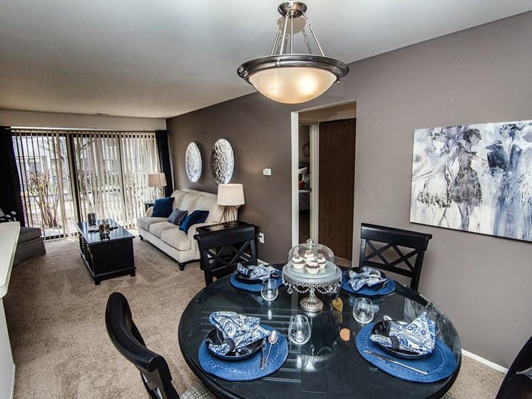 Dining Room  at Park Lane Apartments, Michigan