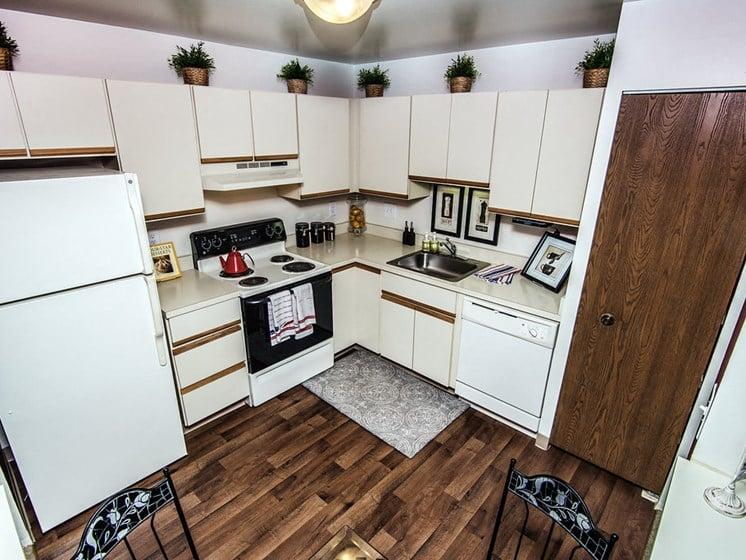 Spacious Kitchen at Park Lane Apartments, MI 48033