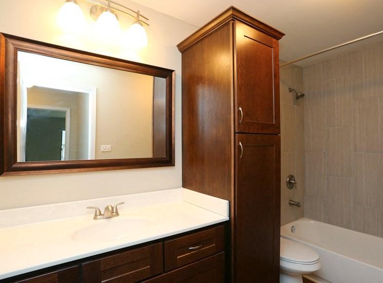 2BR, 1BA Remodel Bathroom