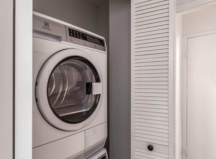 Dominion Washer and Dryer
