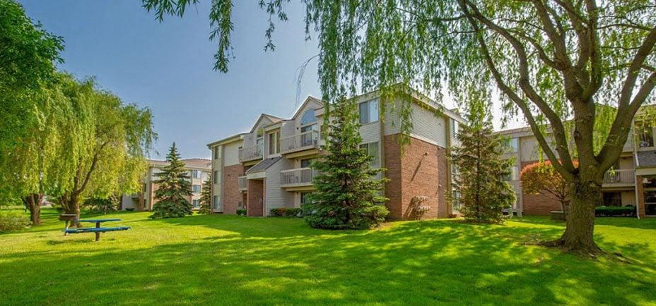 Green Surrounding, at Prentiss Pointe Apartments, Harrison Township, MI 48045