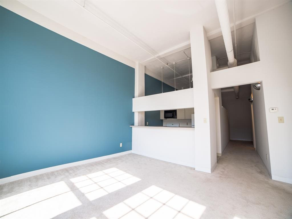 Downtown Indianapolis Apartments at Buckingham Urban Living, Indianapolis, IN, 46204
