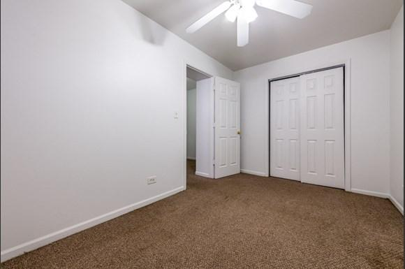 Austin Apartments for rent in Chicago   5957 W Madison Bedroom