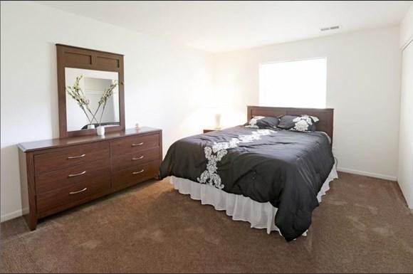 Pangea Cedars Apartments Indianapolis Bedroom