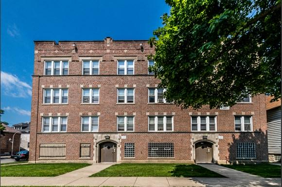 Pullman Apartments for rent in Chicago | 11250 S Indiana