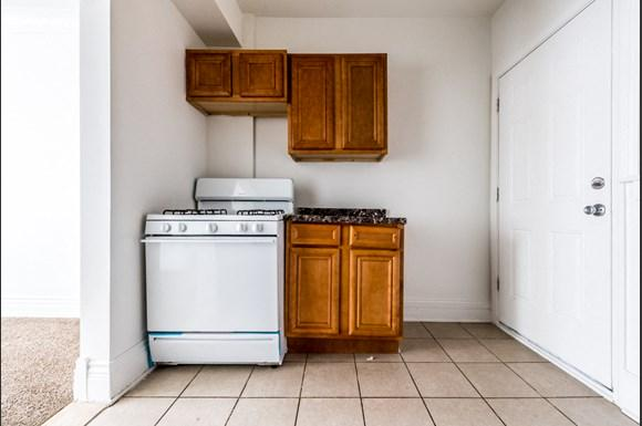 Pullman Apartments for rent in Chicago | 11250 S Indiana Kitchen