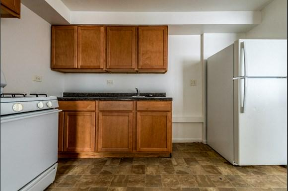 Chatham Apartments for rent in Chicago | 8345 S Drexel Ave Kitchen