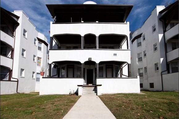 3302 Clifton Ave Apartments Baltimore Exterior