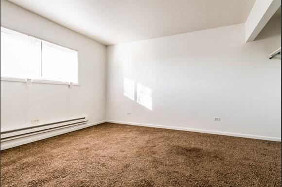 Maywood Apartments for Rent   2115 S 4th Ave Bedroom