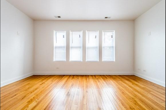Auburn Gresham Apartments for rent in Chicago | 8000 S Paulina Bedroom