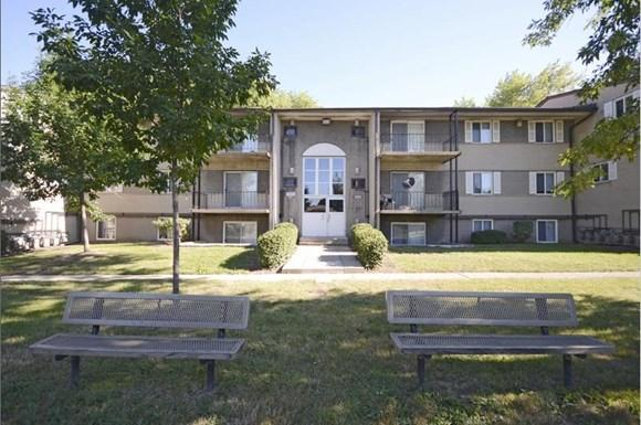 Pangea Parkwest in Indianapolis is a community with beautifully landscaped grounds.