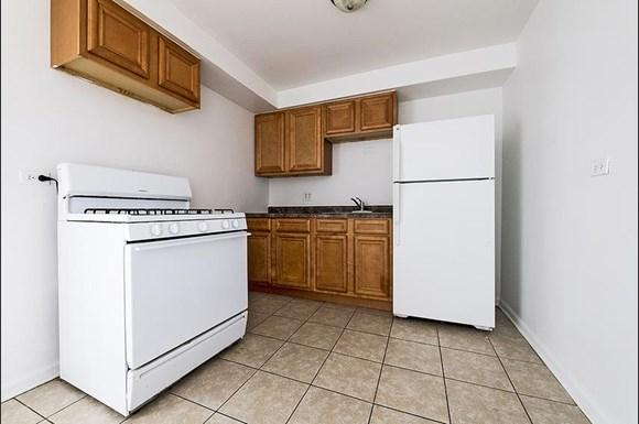 14138 S School St Apartments Chicago Kitchen