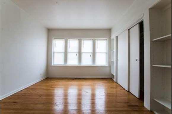 7751 S Loomis Apartments Chicago Bedroom