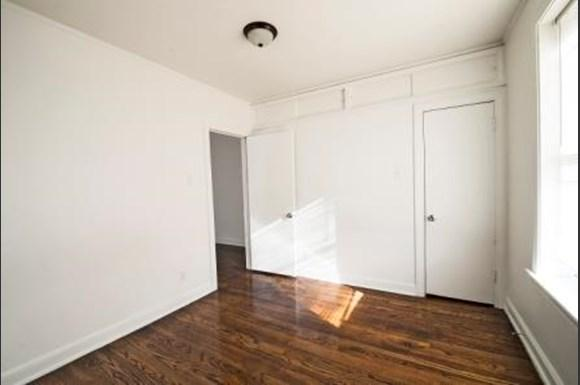 2838 E 91st St Apartments Chicago Bedroom