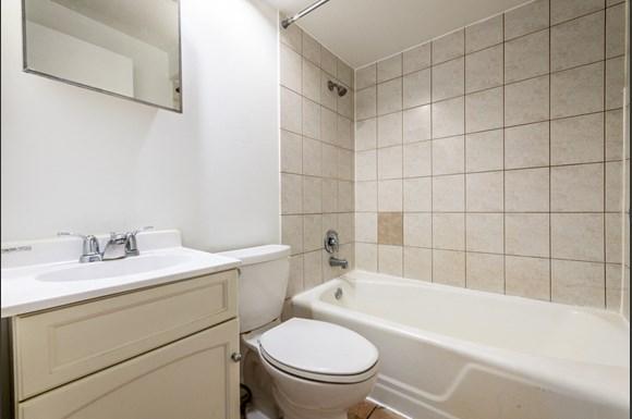 Bathroom Pangea Riverdale Apartments