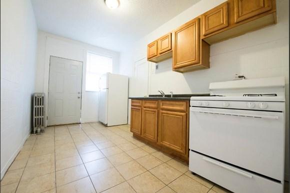 7801 S Essex Ave Apartments Chicago Kitchen