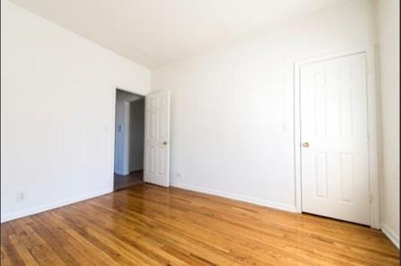 7400 S Yates Blvd Apartments Chicago Bedroom