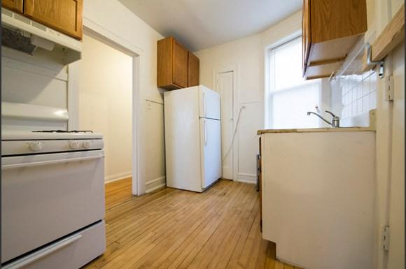 737 N Austin Blvd Apartments Chicago Kitchen