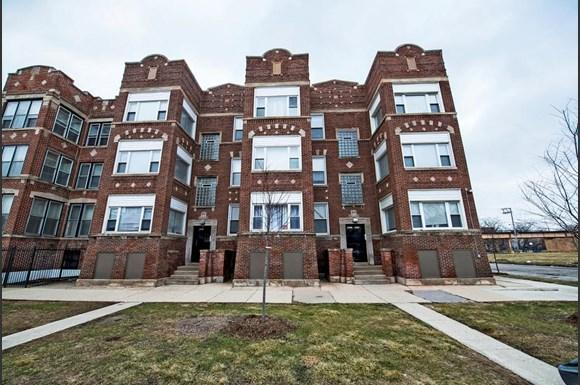 4853 S Prairie Ave Apartments Chicago Exterior