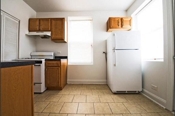 4853 S Prairie Ave Apartments Chicago Kitchen