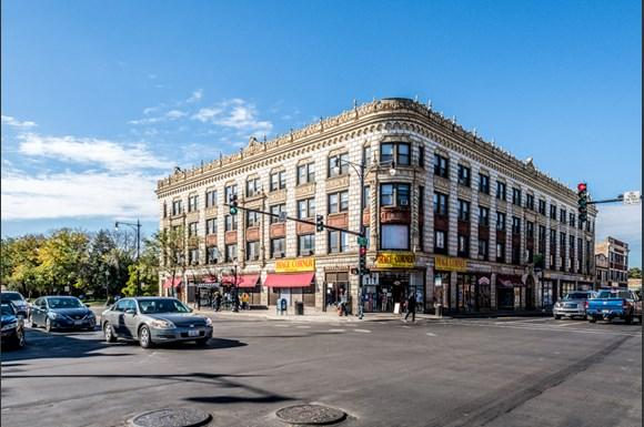Chatham Apartments for rent in Chicago   741 E 79th St