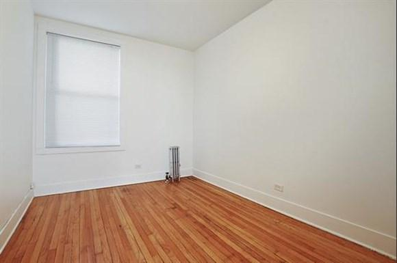 7057 S Princeton Ave Apartments Chicago Bedroom