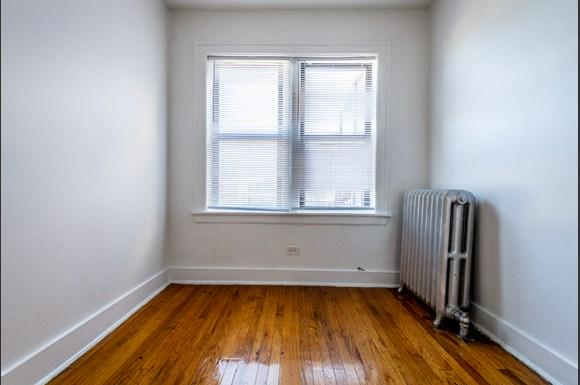 7944 S Paulina St Apartments Chicago Bedroom