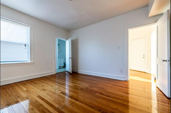 Chicago Apartments for rent in Pullman   10908 S Vernon Bedroom