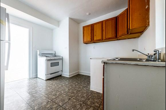 Chicago Apartments for rent in Pullman   10908 S Vernon Kitchen