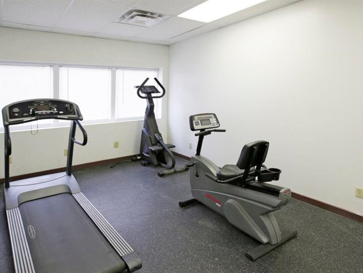 Pangea Hills Apartments Indianapolis Fitness Center
