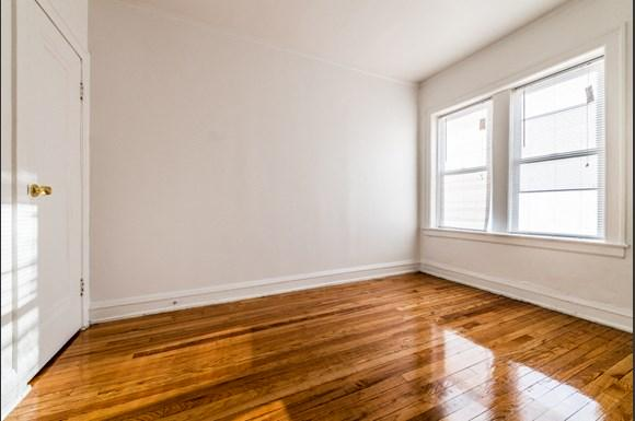 Cragin Apartments for Rent in Chicago | 2610 N Laramie Bedroom