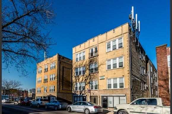 Cragin Apartments for Rent in Chicago | 2610 N Laramie