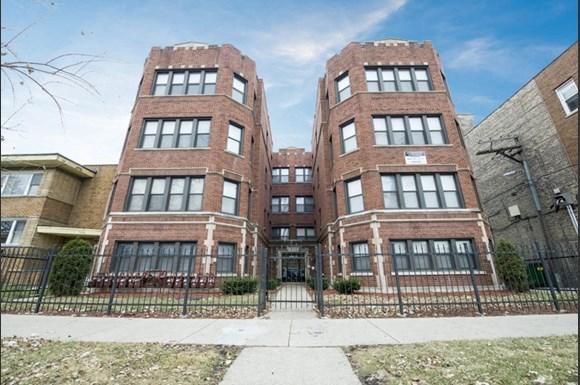 Auburn Gresham Apartments for rent in Chicago | 7914 S Hermitage