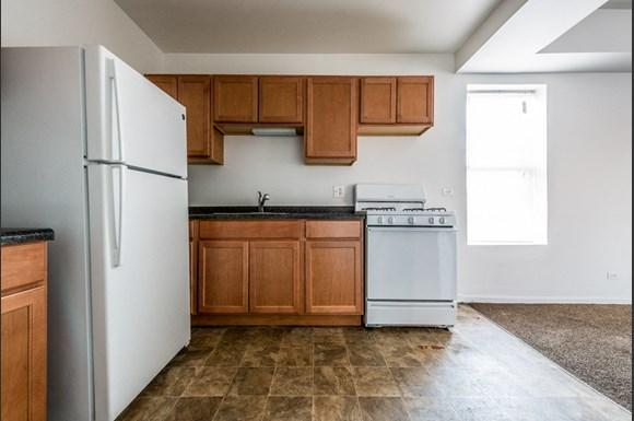 Washington Park Apartments for rent in Chicago | 6224 S Martin Luther King Dr Kitchen
